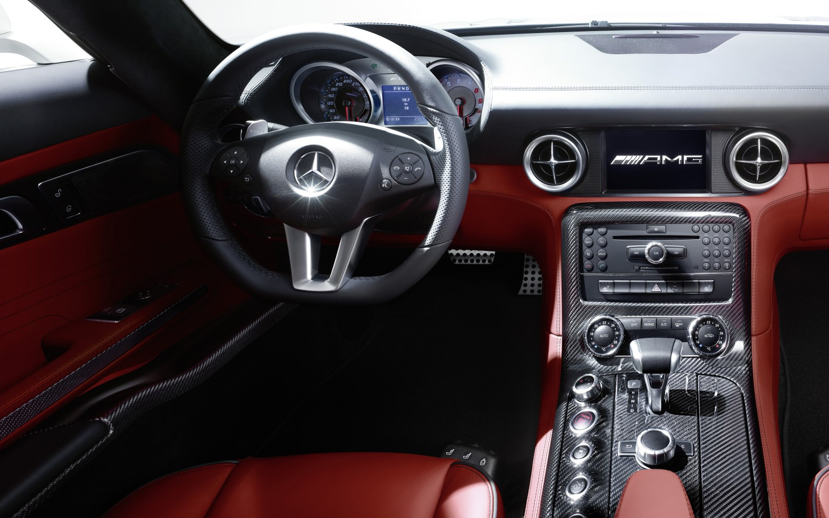 2010 SLS AMG rot Interieur 1 - Mercedes-Benz Wallpaper - MB-Wallpaper.de